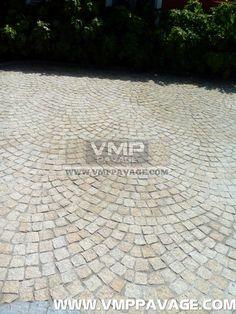 Pavage - Approvisionnement en pierre et Installation                                                                                                                                                                                 Plus
