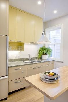 13 photos in this remodeling project. Check out the rest. #Kitchen