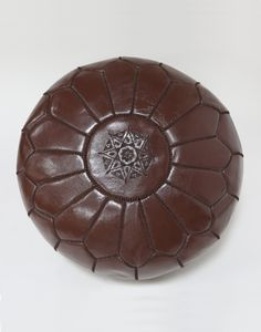 FILLED BROWN LEATHER MOROCCAN POUFFE - H30 W50CM