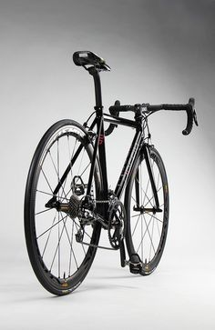 Rapha Continental Gloss Black by Firefly Bicycles || via Flickr