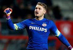 18-Apr-2015 22:12 - ZOET MAAKT MEESTE MINUTEN BIJ KAMPIOENSPLOEG PSV. Doelman Jeroen Zoet heeft de geslaagde kampioensrace van PSV begin tot eind meegemaakt. De 24-jarige keeper uit Veendam miste geen minuut van…...