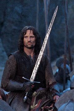 Viggo Mortensen turned down playing Aragorn in The Hobbit because he was not in the book . Would love to have seen him in the film but this man is a legend for doing this Beau Film, Jrr Tolkien, Fellowship Of The Ring, Lord Of The Rings, Eddard Stark, O Hobbit, Hobbit Art, Special Pictures, Dark Lord