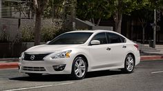 Examine The Stylish Design Of The Nissan Altima Sedan. A Roomy Sedan That  Gets Up To 39 MPG Highway Is Smart.