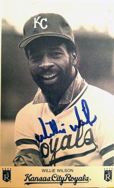 Willie Wilson Kc Royals Baseball, Baseball Playoffs, Kansas City Royals, Sports Baseball, Superbowl Champs, Baseball Cards, World Series Winners, City Pride, Souvenirs