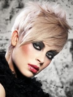 Google Image Result for http://stylechoose.com/wp-content/uploads/2012/09/trendy-short-haircuts-20122013-4.jpg