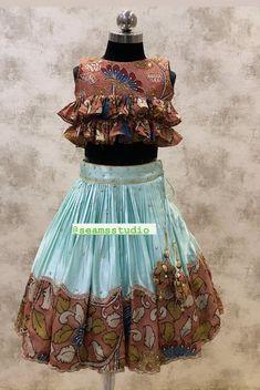 Little Girl Pageant Dresses, Kids Party Wear Dresses, Kids Dress Wear, Baby Girl Party Dresses, Baby Girl Dress Design, Girls Frock Design, Kids Frocks Design, Girls Designer Dresses, Girls Dresses Sewing
