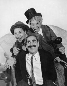 The Marx Brothers Imagen de Una Noche en la Ópera (A Night at the Opera) (1935), producida por MGM.