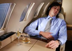 7 Travel Secrets from Frequent Flyers