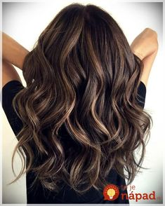 Wavy chocolate balayage hair dyed hair, brunette hair highlights, baylage o Brunette Hair With Highlights, Brown Blonde Hair, Balayage Brunette, Balayage Hair, Dark Hair, Dark Brunette, Dark Brown Hair With Low Lights, Thick Hair, Brunette Low Lights