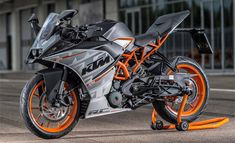 2015 KTM RC 390 is the new Light powerful sports bike. RC 390 is a dynamic and classy looking bike. Ktm Duke, Duke Bike, Motorcycle Dirt Bike, Moto Bike, Ktm Rc8, Ktm Rc 200, Ktm Motorcycles, Bike Photoshoot, Motorcycle Wallpaper
