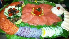 bagel party platter | Lox & Cream Cheese Platter - 10.25/person