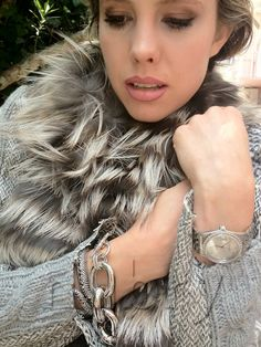silver fur for thanksgiving with a bold eye and pale skin blush