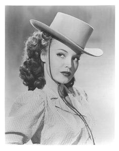 photo Dorothy Hart sexy in cowboy hat Vintage Hollywood, Hollywood Glamour, Classic Hollywood, Old Western Actors, Western Movies, Vintage Cowgirl, Vintage Swim, Cow Girl, Gaucho