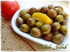 Çizik Yeşil Zeytin Yapımı – Cahide Sultan بِسْمِ اللهِ الرَّحْمنِ الرَّحِيمِ Turkish Recipes, Salsa, Homemade, Fruit, Cooking, Food, Sauces, Olives, Kitchens