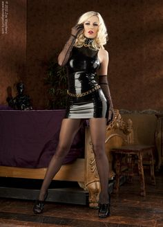 Latexxx and heels : Photo