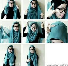 I have collected hijab styles step by step tutorial. It consists of steps required to wear beautiful hijab styles. These steps for hijab styles are easy. Square Hijab Tutorial, Simple Hijab Tutorial, Hijab Style Tutorial, Scarf Tutorial, Islamic Fashion, Muslim Fashion, Hijab Fashion, How To Wear Hijab, Hijab Wear
