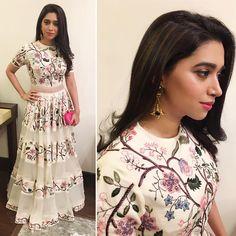 Love this woman! @aarti.ravi looking beautiful in @RahulMishra_7 @MarsalaJewelry & @dvf Ritz Style Awards