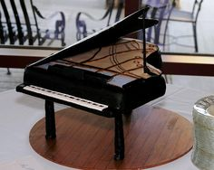 Piano cake - like the inside detail.