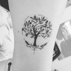 Tattoo Ideen Lebensbaum Tattoo Ideas Tree of Life Feminine Tattoos, Trendy Tattoos, Cute Tattoos, Tattoos For Women, Tatoos, Mini Tattoos, New Tattoos, Body Art Tattoos, Small Tattoos