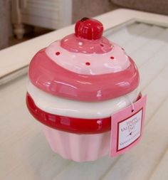 Ceramic Cupcake Cookie Jar