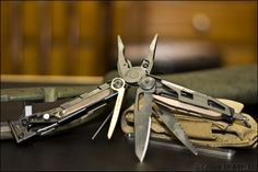 Show your leatherman Edc Tools, Swiss Army Knife, Kit, Knives, Campaign, Content, Pocket, Medium, Pocket Knives
