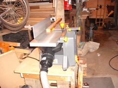 Jointer / Thicknesser    http://www.wackywoodworks.co.nz/tools/toolshed_buzer.php