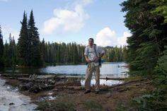 Hiker at Sand Lake. Photo by Minitramp.