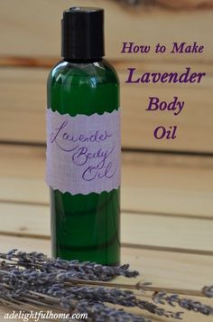 How to Make a Simple Lavender Body Oil lavender body oil 1 cup oil (Use Grapeseed, safflower or sweet almond oil) or a mixture of oils to make 6 drops lavender essential oil Scant tsp Vitamin E oil (or 10 drops) Method Pour all ingredients int Looks Party, Homemade Beauty Products, Natural Products, Natural Soaps, Natural Skin, Natural Makeup, Vitamin E Oil, Beauty Recipe, Massage Oil
