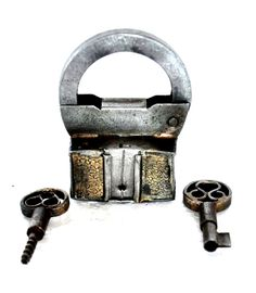 """1930s Old Iron Handcrafted Brass Fitted Work Screw System 2 Key Pad Lock.  Get it from our online store:  www singhalexportsjodhpur com and search for """"30296"""" in the search box  Use code EARLYBRD5 to get amazing discounts.  LALJI HANDICRAFTS - WORLDWIDE SHIPPING - EXCLUSIVE HANDICRAFTS  INDIAN DECOR INDUSTRIAL DECOR VINTAGE DECOR POP ART MOVIE POSTERS VINTAGE MEMORABILIA FRENCH REPLICA    #padlock #padlocks #padlopadlock #lovepadlocks #vintagepadlock #mustfindapadlock #victorianpadlocks…"""