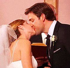 Pam and Jim Halpert are arguably the best couple on television , let us celebrate their best moments! Friday Humor, Funny Friday, The Office Show, The Precinct, Office Wallpaper, Office Memes, Parks N Rec, Daryl Dixon, Funny Stories