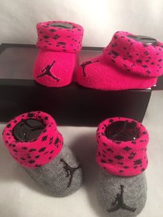6b2403b8f04d 2 Pair Nike Air Jordan 0-6 Months Baby Booties Infant Newborn Gray Pink Gift