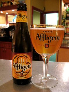 Abbaye d'Affligem - belgian beer Yes! All Beer, Best Beer, Wine And Liquor, Wine And Beer, Beer Brewing, Home Brewing, Beers Of The World, Belgian Beer, Beer Brands