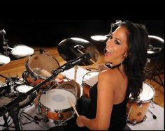 female drummers - Google Search Music Icon, Soul Music, Sound Of Music, Music Is Life, Merle Oberon, Sheila E, Shirley Jones, Veronica Lake, Judy Garland