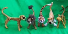 llona Hindt animals-  these look like they could actually be played with!