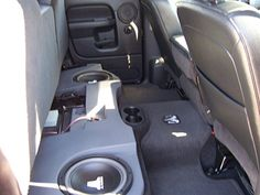Gray gave his 2004 Dodge 1500 4x4 Quad cab an audio boost with gear from Crutchfield. #JL #srslyDIY