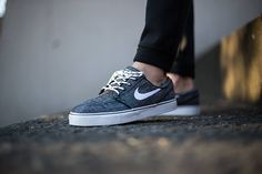 Nike SB Janoski Low Canvas-Black-White-White-Anthracite-3