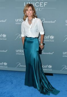 Tea Leoni Photos - Actress Tea Leoni arrives to the 2014 UNICEF Ball Presented…