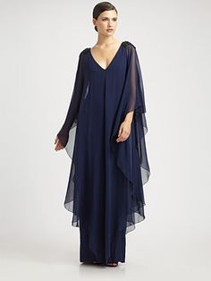 Notte by Marchesa Silk Caftan Gown Curvy Outfits, Dress Outfits, Fashion Dresses, Mother Of Groom Dresses, Mothers Dresses, Formal Dresses For Weddings, Elegant Dresses, Long Sleeve Evening Gowns, Evening Dresses