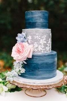 blue and grey wedding cake with flowers - photo by Four Corners Photography http://ruffledblog.com/backyard-elopement-inspiration-for-valentines-day