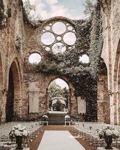 Abbaye Vaux de Cernay in Cernay-la-ville, France. Photography by Laurene and the Wolf. Perfect Wedding, Dream Wedding, Wedding Day, Church Wedding, Wedding Dreams, Wedding In Greece, Wedding Tips, Wedding Castle, Witch Wedding