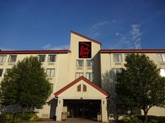 Affordable, Pet Friendly Hotel In Indiana  Red Roof Inn U0026 Suites  Indianapolis Airport