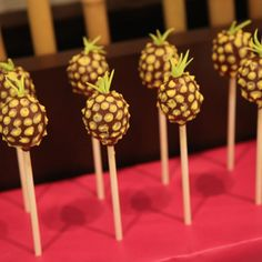 Luau party / pineapple cake pops