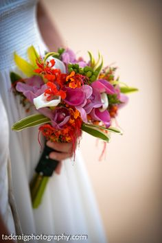 Bouquet by: Country Bouquets Maui. Photo by www.TadCraigPhotography.com