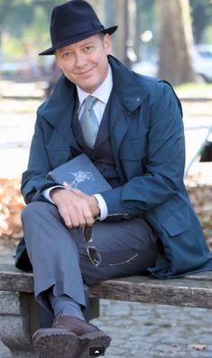 The+Blacklist+Raymond+Reddington   redandlizzie:Raymond Reddington with a beautiful smile, fedora, rose ...