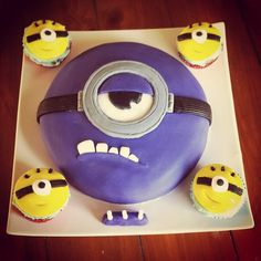 Cohen's cake for his Minion themed 3rd birthday party #purpleminion #minion #despicableme #cake #party #cupcakes