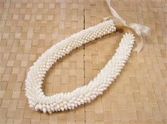 Rice Shell Ring Lei White product photo
