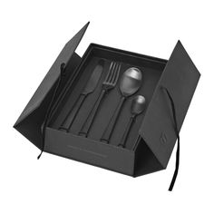 Broste Copenhagen – Hune Cutlery Set – Matt Titanium Black Each … - Glassware Ideas Black Cutlery, Flatware Set, Black Gift Boxes, Black Box, Design Set, 11 Year Anniversary Gift, Black Order, Broste Copenhagen, Table Accessories