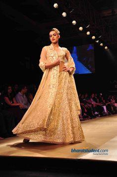 Pallavi Jaikishan Show at Lakme Fashion Week Winter/Festive 2012