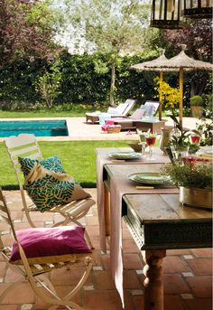 Beautiful exterior patio and pool area. In the shade of an this would be such a blissful oasis! Outdoor Retreat, Outdoor Rooms, Outdoor Gardens, Outdoor Living, Outdoor Decor, Coastal Furniture, Coastal Decor, Outdoor Furniture Sets, Coastal Curtains