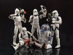 Stormtroopers play with action figures